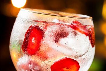 Un Gin Tonic muy saludable para celebrar que mañana es Viernes